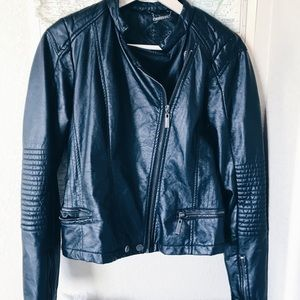 Jackets & Blazers - Black Leather Moto Jacket!